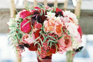 Whimsically-Romantic-Pink-Red-Hued-Wedding-Bouquet-by-Petalos-Eric-McVey-Photography