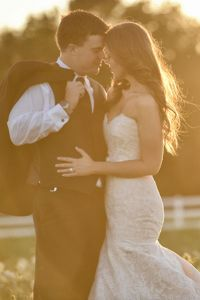 Alamo Texas Feel In This Gorgeous Traditional Chapel Wedding & Sop...