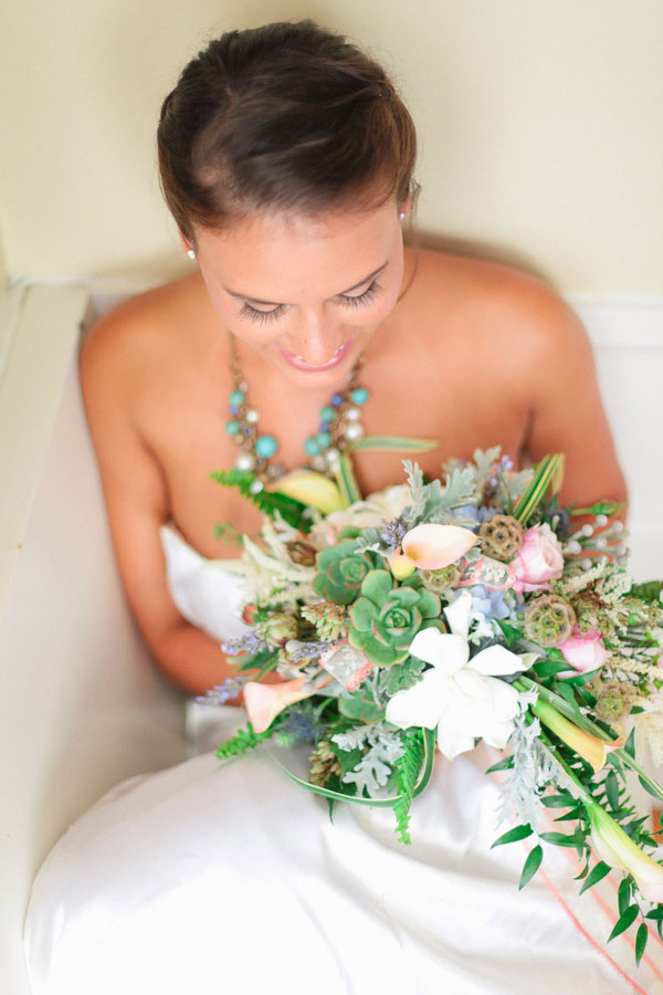 Eclectic Beach Bungalow Seaside Wedding In Coastal Hues & Sequins | Photograph by The Wedding Girls  http://storyboardwedding.com/beach-bungalow-seaside-wedding-coastal-hues-color-palette/