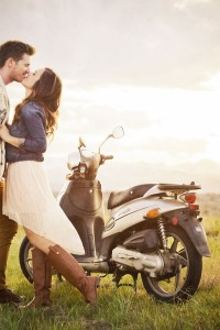 Love At First Sight Street Perform Engagement Session Complete With Ge...