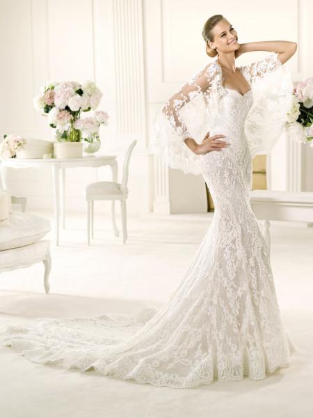 Pronovias Manuel Mota Erika Full Lace Fitted Wedding Dress Poncho Shoulder Wrap