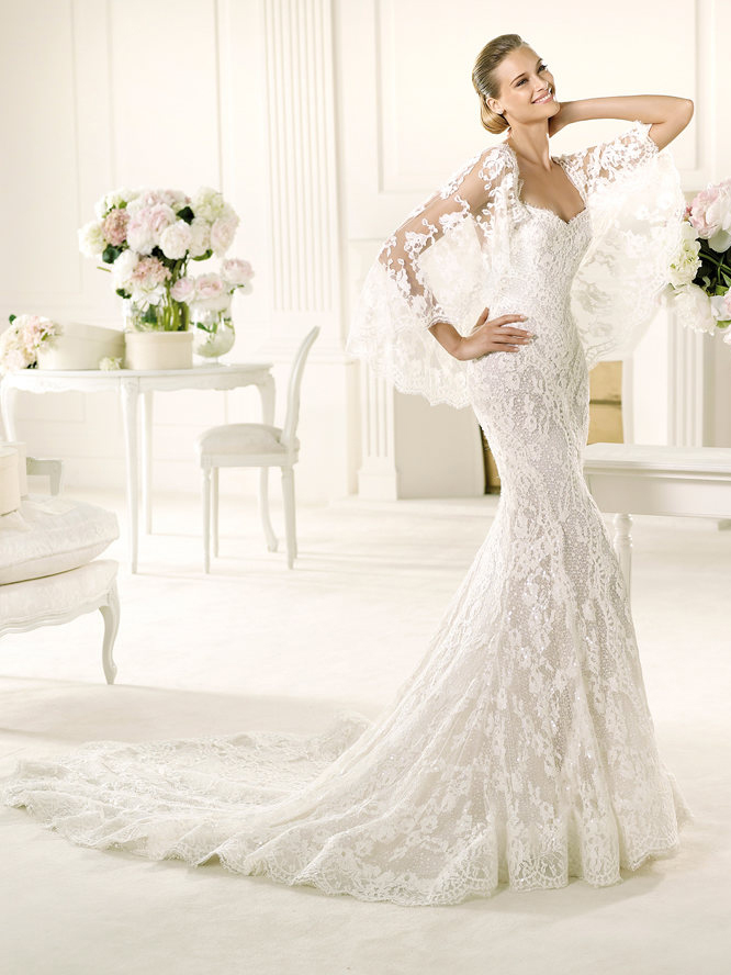 Pronovias lace dress
