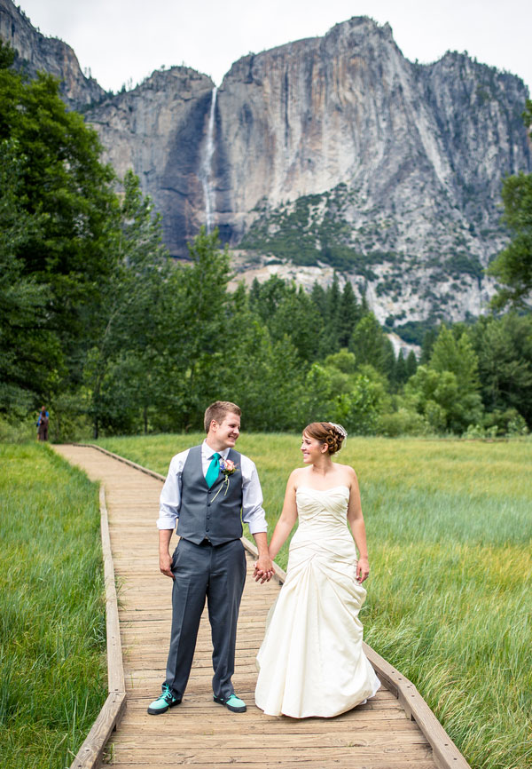 The Grandeur Of Glacier Point On Display In This Rustic Diy Yosemite Park Wedding Photograph