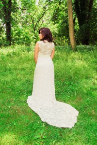 Glam Take On Midsummer Nights Dream Wedding In The Gardens of Bartow Pell Mansion