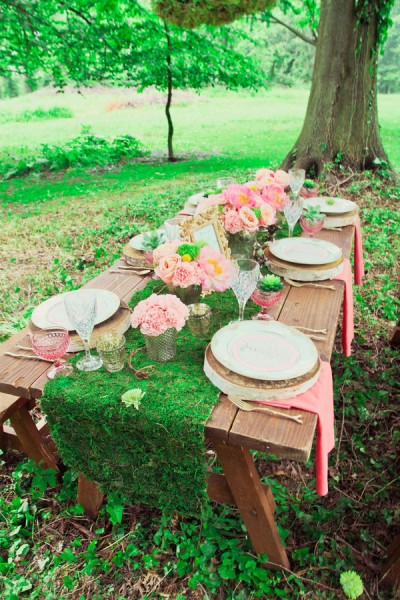 Glam Take On Midsummer Nights Dream Wedding In The Gardens of Bartow Pell Mansion | Photograph by Branham Perceptions Photography  http://storyboardwedding.com/glam-midsummer-nights-dream-wedding-gardens-of-bartow-pell-mansion/