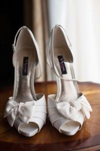 Offbeat_Whimsical_Wedding_Llamas_Grant_and_Deb_Photographers_11-lv