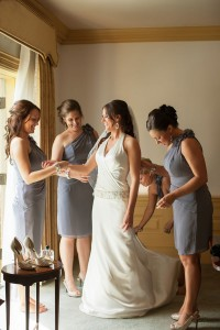 Offbeat_Whimsical_Wedding_Llamas_Grant_and_Deb_Photographers_4-v