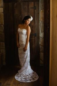 Vintage_Rustic_Wedding_Bridal_Session_Sophie_Asselin_Photographe_10-v