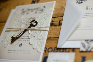 Vintage_Rustic_Wedding_Bridal_Session_Sophie_Asselin_Photographe_24-h