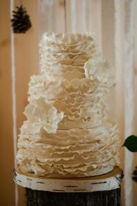 Vintage_Rustic_Wedding_Bridal_Session_Sophie_Asselin_Photographe_27-v