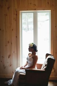Vintage_Rustic_Wedding_Bridal_Session_Sophie_Asselin_Photographe_29-v