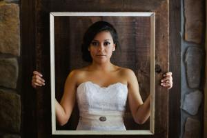 Vintage_Rustic_Wedding_Bridal_Session_Sophie_Asselin_Photographe_36-h