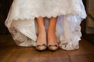 Vintage_Rustic_Wedding_Bridal_Session_Sophie_Asselin_Photographe_8-h