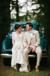 Eclectic Chic North Carolina Country Wedding In Robin's Egg Blue Featu...
