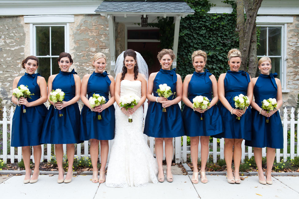 Ivory And Navy Blue Wedding | Wedding Tips and Inspiration