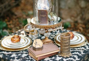 Dark And Romantic Wedding In Black And Gold Kristen Booth via The Wedding Chicks F