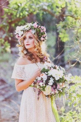 Generous oversized floral crown Christina Carroll Photography via Glamour and Grace 1