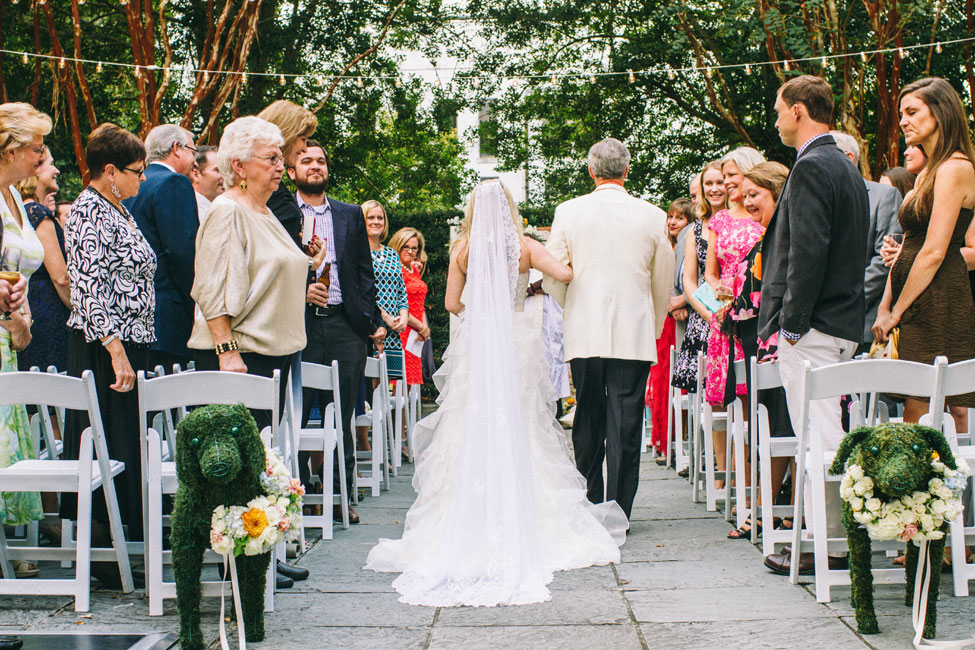 Quirky Charleston South Carolina Wedding In The Gardens Of The Gibbes Museum of Art | Photograph by Jeanne Mitchum Photography  https://www.storyboardwedding.com/quirky-charleston-south-carolina-wedding-gibbes-museum-of-art/