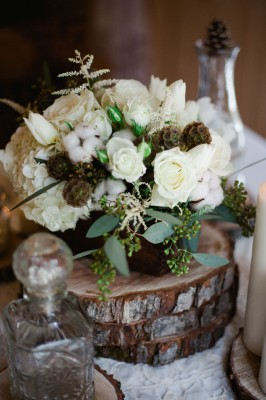Why It Works Wednesday: Winter White Rustic Chic Flowers That Are Season Approved