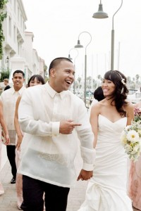 A Fashionable Yet Traditional California Wedding Filled With Light Bri...