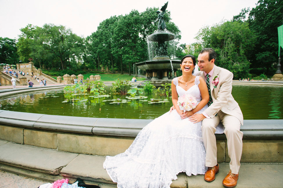 Chic Central Park Wedding In Pink & Green With A Slight Preppy Side | Photograph by Esvy Photography http://www.storyboardwedding.com/summer-central-park-wedding-pink-green/