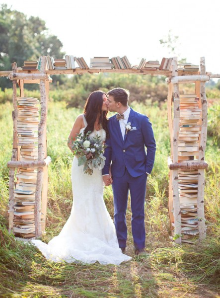 Birchwood Book Filled Ceremony Backdrop White Photographie Styling by She Walks In Beauty via Green Wedding Shoes 1