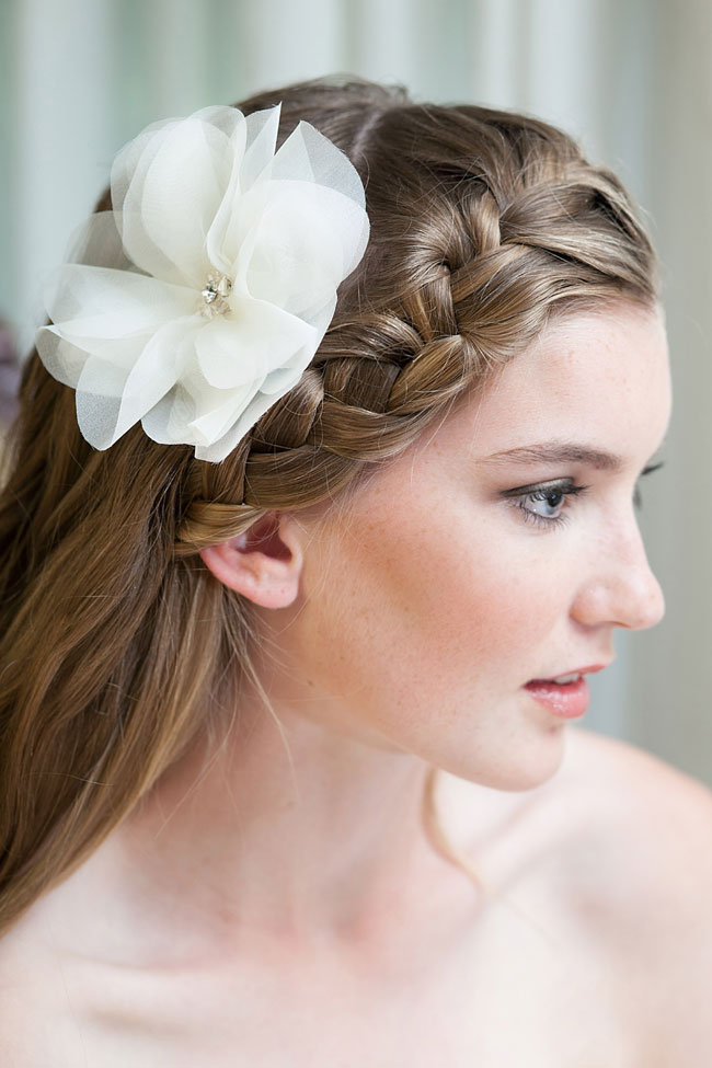 Kata Banko Couture Bridal Accessories | Photograph by La Candella Weddings  https://storyboardwedding.com/bridal-accessories-kata-banko-couture/