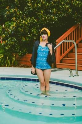 Retro_Swimsuit_Honeymoon_Inspiration_Carolyn_Scott_Photography_18-lv