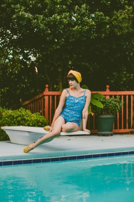 Retro_Swimsuit_Honeymoon_Inspiration_Carolyn_Scott_Photography_7-rv