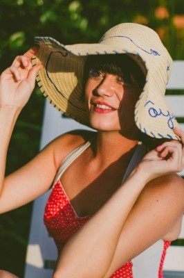 Retro_Swimsuit_Honeymoon_Inspiration_Carolyn_Scott_Photography_8-lv