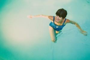 Retro_Swimsuit_Honeymoon_Inspiration_Carolyn_Scott_Photography_9-h