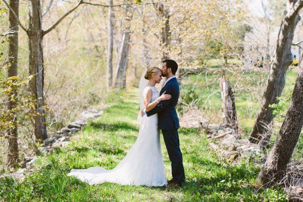 Rustic_Red_Lion_Inn_Massachusetts_Wedding_Zac_Wolf_Photography_1-h