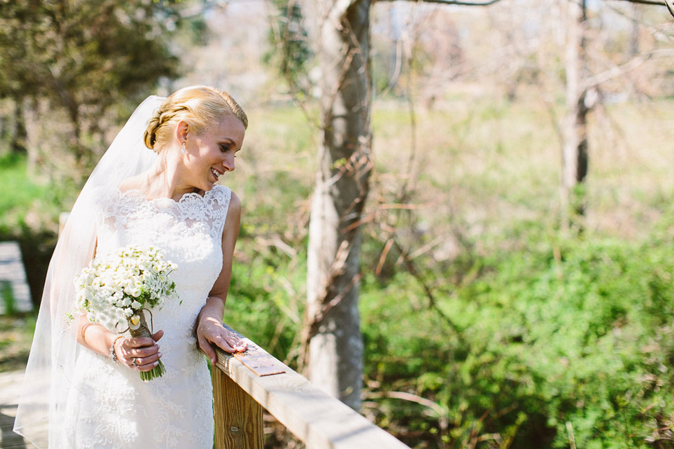 Spirit & Essence of Yosemite National Park Infused Into Rustic Red Lion Inn Massachusetts Wedding | Photograph by Zac Wolf Photography  http://storyboardwedding.com/yosemite-national-park-rustic-red-lion-inn-massachusetts-wedding/