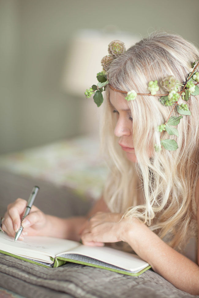 Sunday Moment Boudoir In A Dreamy Storytellers Vision | Photograph by Ashley Noelle Photography  https://storyboardwedding.com/stolen-sunday-moment-boudoir-dreamy-storytellers-vision/
