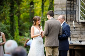 Country_Music_Singer_Emily_Hearn_Rustic_Country_Wedding_Stansberry_Photography_28-h