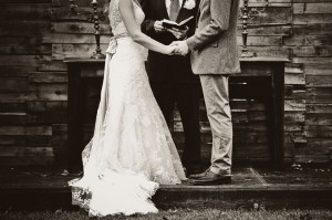 Country_Music_Singer_Emily_Hearn_Rustic_Country_Wedding_Stansberry_Photography_30-h