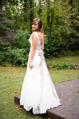 Country_Music_Singer_Emily_Hearn_Rustic_Country_Wedding_Stansberry_Photography_44-lv