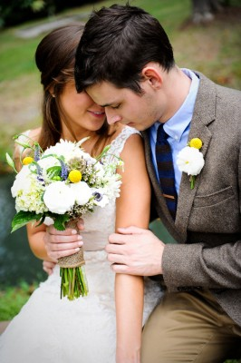 Country_Music_Singer_Emily_Hearn_Rustic_Country_Wedding_Stansberry_Photography_44-rv