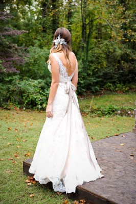 Country_Music_Singer_Emily_Hearn_Rustic_Country_Wedding_Stansberry_Photography_6-v