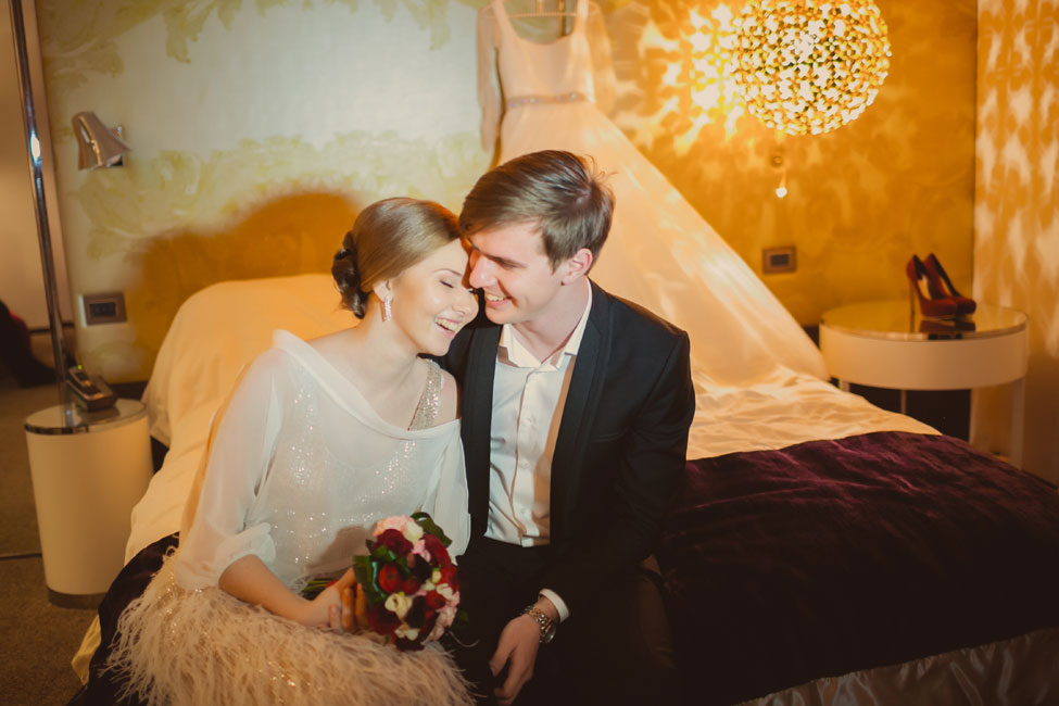 Rustic Glam St. Petersburg Russia Wedding At The Gorgeous Flying Dutchman | Photograph by F2PRO Studio  http://storyboardwedding.com/rustic-glam-st-petersburg-russia-winter-wedding-flying-dutchman