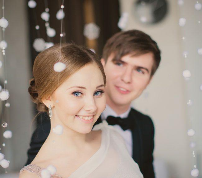 Rustic Glam St  Petersburg Russia Winter Wedding Flying Dutchman