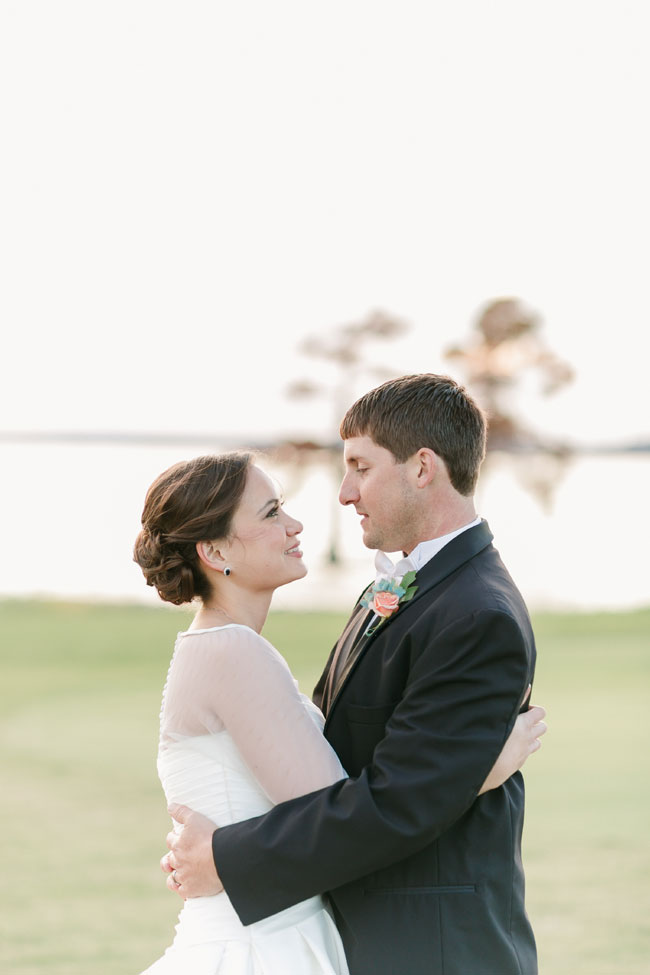 Timeless Early Fall Wedding At Two Rivers Country Club | Photograph by Jen + Ashley Photography