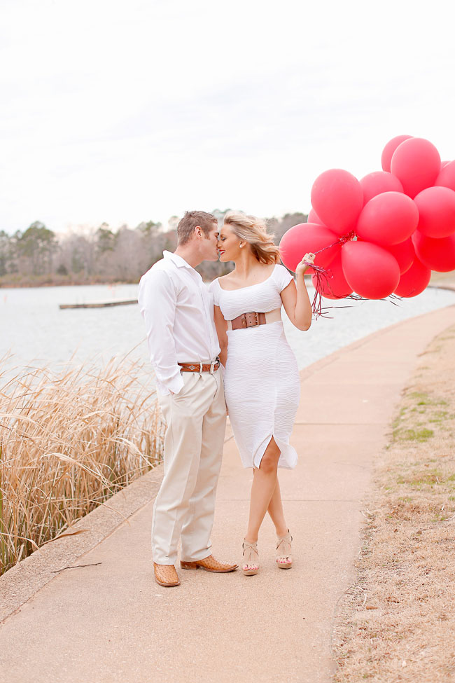 Red Balloon Valentines Day Love Session Along The Banks Of Tyler State Park | Photograph by Photography by Gema  http://storyboardwedding.com/red-balloon-valentines-day-engagement-session-tyler-state-park/