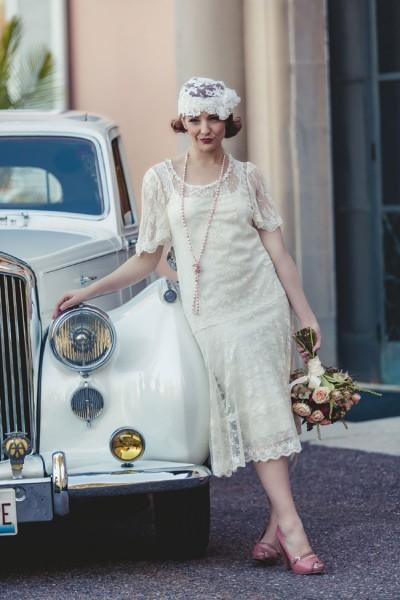 Roaring_20s_Wedding_Loyola_University_Chicagos_Cuneo_Mansion_Ingrid_Bonne_Photography_6-v