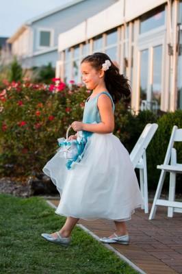 Silver_Swan_Bayside_Maryland_Wedding_Tori_Nefores_Photography_22-lv