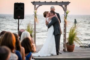 Silver_Swan_Bayside_Maryland_Wedding_Tori_Nefores_Photography_33-h
