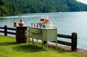 Whimsical_Southern_Lakeside_Wedding_Lisa_Carpenter_Photography_18-h