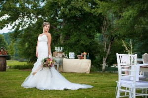 Whimsical_Southern_Lakeside_Wedding_Lisa_Carpenter_Photography_66-h
