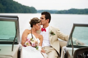 Whimsical_Southern_Lakeside_Wedding_Lisa_Carpenter_Photography_74-h