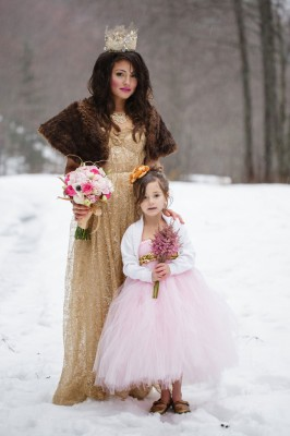 Storybook Snowy Glam Winter Wedding In An Enchanted Forest   Photograph by Rick+Anna Photography  http://storyboardwedding.com/storybook-snowy-glam-winter-wedding-enchanted-forest/